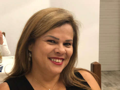 Lourdes M. Canguros / Cuidadores niños Ref: 485440