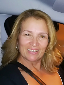 Alba M. Canguros / Cuidadores niños Ref: 425234